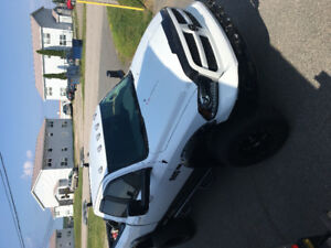 2014 Ram 1500 Outdoorsman custom 8speed  34 taxs in save!!!!