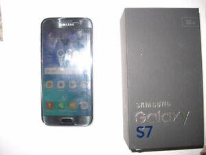 32GB Samsung Galaxy S7 Mint w/ box and accessories