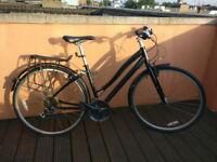 Globe Ladies Women Bike Bicycle - GOOD CONDITION!