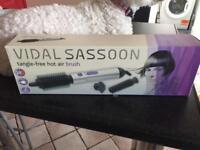 Vidal Sassoon heated hair brush