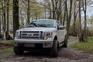 2011 f150 lariat ecoboost supercrew 4x4 (fully loaded)