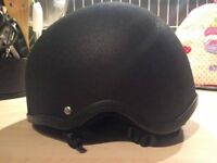 "Childs ""Champion"" Riding Hat size 6 1/4 - 6 3/8 (51-52 cms) Excellent Condition"