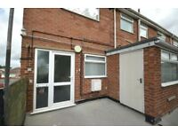 2 bedroom flat in Coniston Avenue, Grimsby