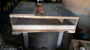 Spacious small animal cage! Rabbits, guinea pigs, and more!
