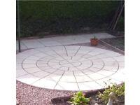 York stone style rotunda paving circle