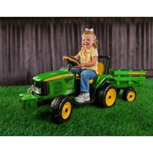 Peg perego John Deere ride on tractor