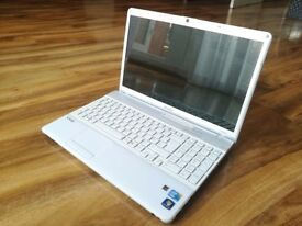 SONY LAPTOP FOR SALE