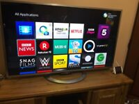 "Sony Bravia Smart Led Tv 47"" 3D with (3 3D glasses ) (2 genuine control)"