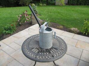 Arrosoir en métal galvanisé
