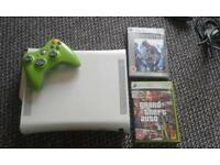XBOX 360 with wires, 2 games and pad