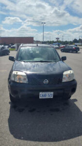 2005 Nissan X-trail SUV AS IS. Price is negotiable!!