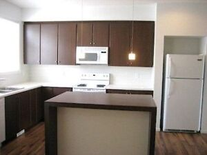 4 Rent: Chalet Style Copperfield Townhouse, Great View Like New!