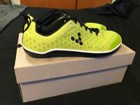 Vivobarefoot trainers size 10.5