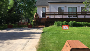OPEN HOUSE AUG 27:SUNDAY 200-400PM $365,900 - 13 MACKENZIE DRIVE