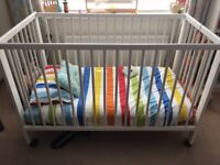 Gulliver Ikea cot with mattress and wheels