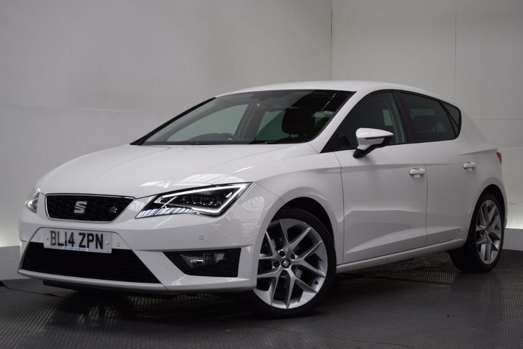 seat leon 2 0 tdi fr technology 5d 150 bhp white 2014 in hilton derbyshire gumtree. Black Bedroom Furniture Sets. Home Design Ideas
