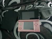 Nintendo 3DS pink console