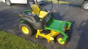 John Deere Z425B Zero Turn Lawn Mower
