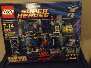 Lego DC Super Heroes 6860 The Batcave