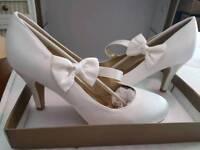 Ivory satin bridal/ bridesmaids shoes