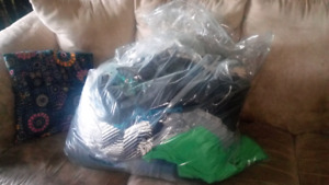 Big bag of size med/large woman's clothes