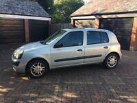 Silver Renault Clio 5 door 1.4 litre - 1 yr old engine