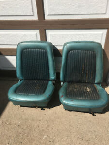 1968 ? Ford Mustang Bucket Seats
