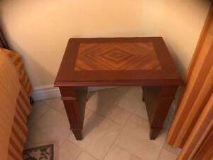 Table à café avec motifs