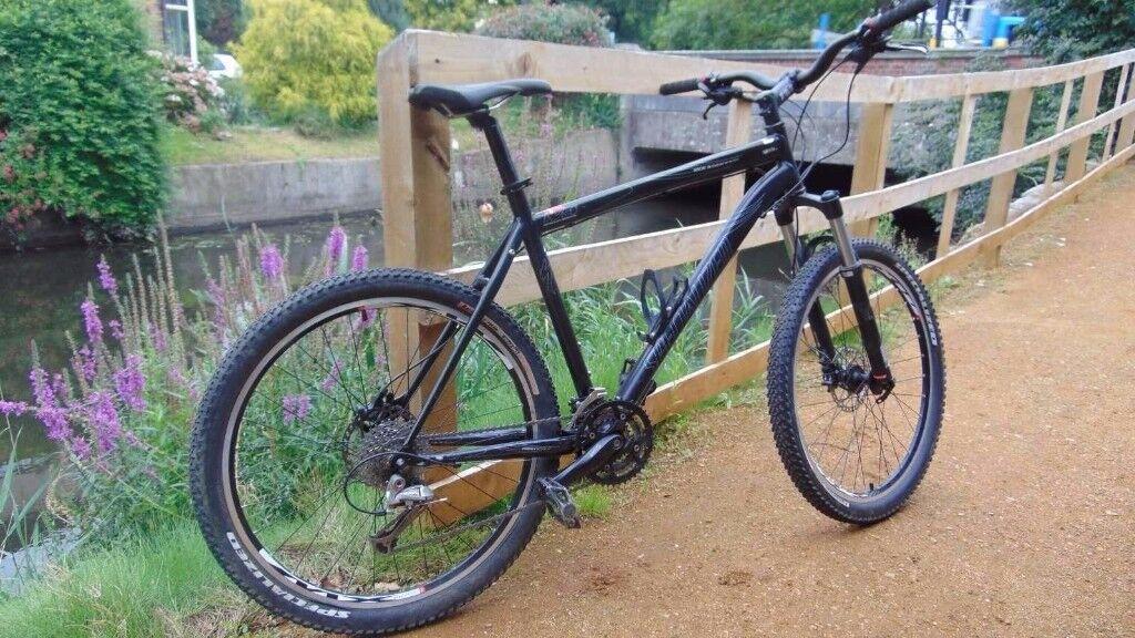 Specialized Rockhopper Mountain Bike 21 Quot Large Rockshox