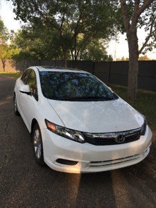2012 Honda Civic EXL NAV Sedan & Remote Starter & Low KM & More!