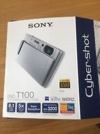 Sony cybershot digital camera T100 8.1mega pixels in box complete with case and charger