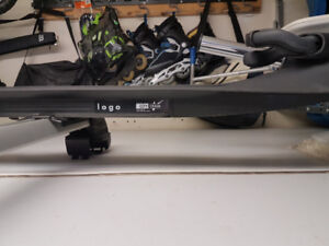 VW Golf roof rack with one Bike mount