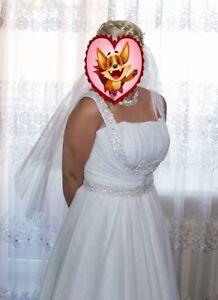 Beautiful wedding dress in Greek style. Size 12.