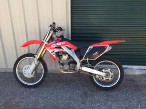 04' Honda CRF250 4-stroke with Ownership