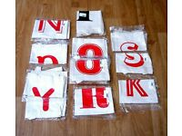 HOLIDAY / TRAVEL 17 TOTE BAGS CANVAS RED ALPHABET BRANDED BRAND NEW JOB LOT