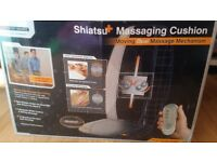 Shiatsu + massaging cushion