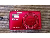 Nikon Coolpix Digital Camera (S3500)