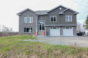 Stunning New Home on 3.5 Acres of Nature and Serenity**