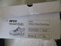 SAFETY TRAINER SHOES SIZE 8