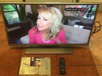"IMMACULATE,32""LG LED SMART WIRELESS HDTV"