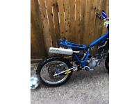 Yamaha yz 125 spares or repair £350 !!!! May swap