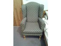 Single upright armchair