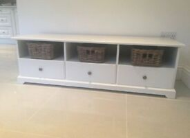 White 3 drawer TV Stand Unit