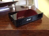 ACER c120 mini LED Projector almost new very good condition