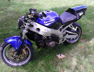 Motorcycle Kawasaki Ninja zx9 Streetfighter/wStock Sell or Trade