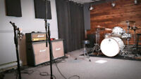 !!! STUDIO D'ENREGISTREMENT / RECORDING STUDIO !!!