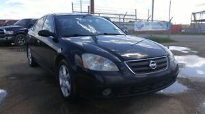 2003 Nissan Altima SE 3.5L Leather & SunRoof!