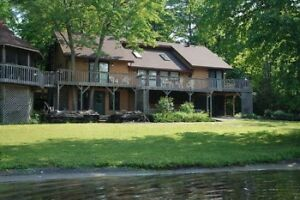 LAST WEEK OF AUGUST AND LABOUR DAY AVAILABLE AT LARGE COTTAGE