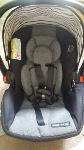 Graco Snugride 35LX with base