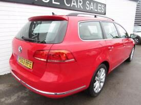VOLKSWAGEN PASSAT 1.6 HIGHLINE TDI BLUEMOTION TECHNOLOGY 5d 104 BHP (red) 2013